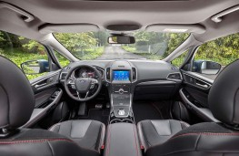 Ford S-Max 2020 cockpit