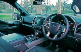 Ford F-150 Raptor, interior