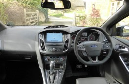 Ford Focus ST-3, dashboard