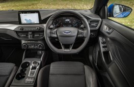 Ford Focus, dashboard