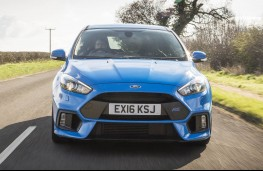 Ford Focus RS, full front action
