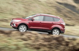 Ford Kuga, side action