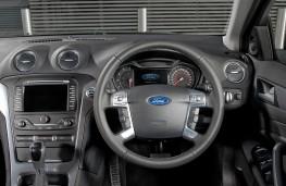 Ford Mondeo Estate fascia