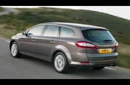 Ford Mondeo  Estate rear action
