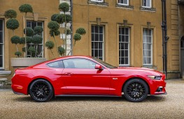 Ford Mustang 5.0 V8 GT, side static