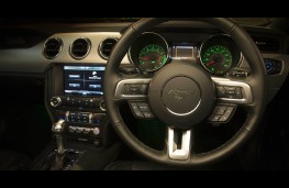 Ford Mustang, dashboard
