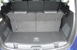 Ford S-Max, boot 1