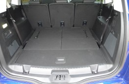 Ford S-Max, boot 2