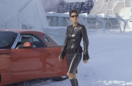 Ford Thunderbird and Jinx (Halle Berry) at the Ice Palace in Die Another Day