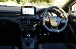 Ford Focus ST, cabin