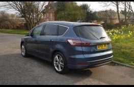 Ford S-MAX 2.0 EcoBlue Titanium, rear profile