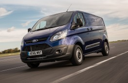 Ford Transit, 2016, front
