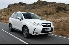 Subaru Forester XT, front
