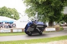 Jaguar F-PACE, Goodwood 2016, stunt, front