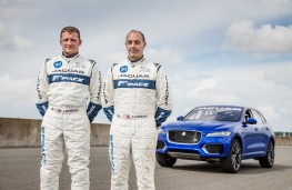 Jaguar F-PACE, Goodwood 2016, Lee Bowers (left, Terry Grant (right)