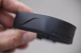 Jaguar F-PACE, 2016, actvity band