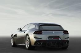 Ferrari GTC4Lusso, rear