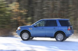 Land Rover Freelander 2013, side, snow