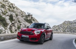 MINI John Cooper Works Countryman, 2017, front, action