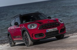 MINI John Cooper Works Countryman, 2017, front