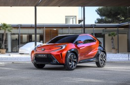 Toyota Aygo X prologue, 2021, front