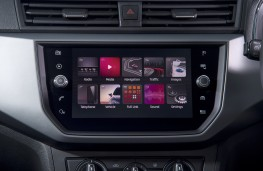 SEAT Ibiza, 2017, display screen