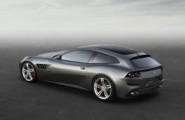 Ferrari GTC4Lusso, side