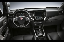 Fiat Fullback Cross, 2017, interior