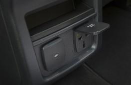 Ford Galaxy 2015, power sockets