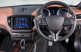 Maserati Ghibli, 2018, interior