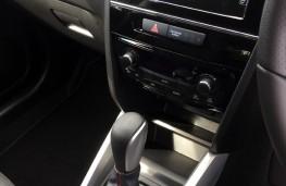 Suzuki Vitara, auto, interior