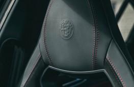Alfa Romeo Giulia Quadrifoglio, 2017, seats