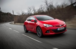 Vauxhall Astra GTC, front, action, Route Napoleon