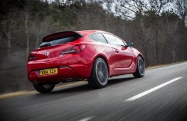 Vauxhall Astra GTC, rear, action, Route Napoleon