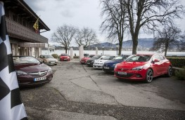 Griffin Greats line up on shore of Lake Geneva