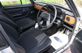 Ford Escort 1.6 Ghia HR, 1979, interior