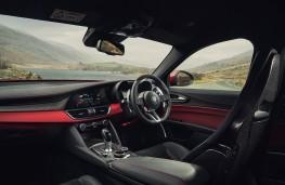Alfa Romeo Giulia Quadrifoglio, 2017, interior