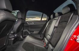 Alfa Romeo Giulia Quadrifoglio, 2020, rear seats