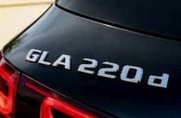 Mercedes-Benz GLA 220 d 4MATIC, 2021, badge