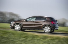 Mercedes GLA 220 CDI 4MATIC, side