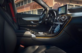 Mercedes-Benz GLC Night Edition, 2019, interior