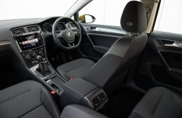 Volkswagen Golf, interior