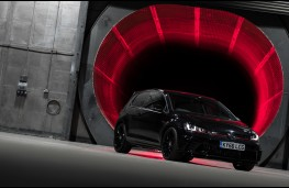 Volkswagen Golf GTI Clubsport Edition 40, 2016, front