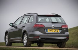 Volkswagen Golf Estate, 2017, rear