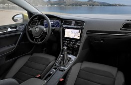 Volkswagen Golf, 2017, interior