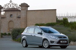 Ford Grand C-MAX, side