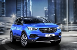 Vauxhall Grandland X Ultimate, 2017, front, action