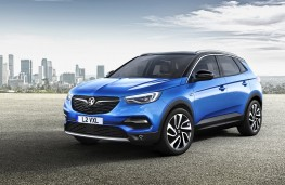Vauxhall Grandland X Ultimate, 2017, front
