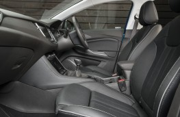 Vauxhall Grandland X, 2017, interior