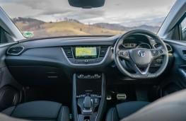 Vauxhall Grandland X, 2021, interior
